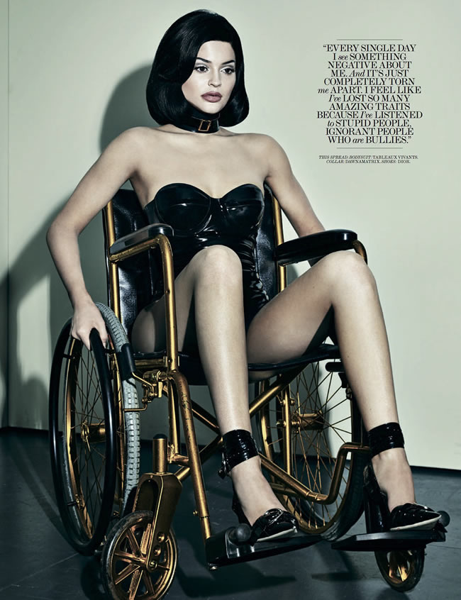 Kylie-Jenner-Wheelchair-Shoot