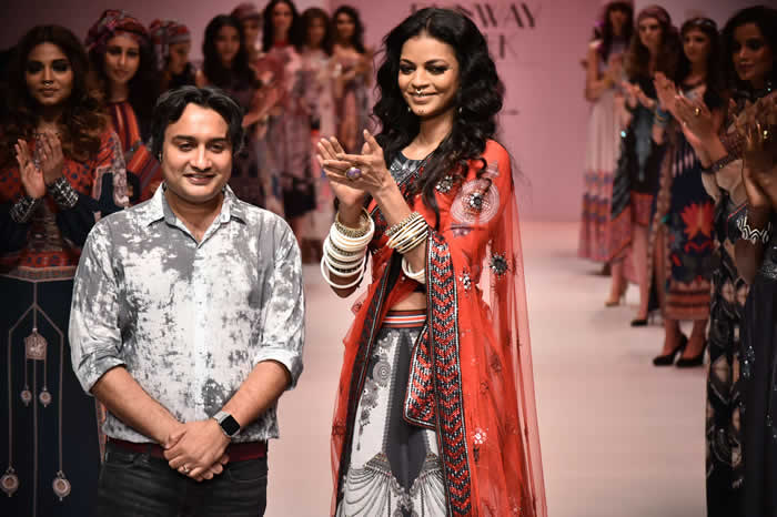 NOYONIKA CHATTERJEE WALKED FOR RAJDEEP RANAWAT